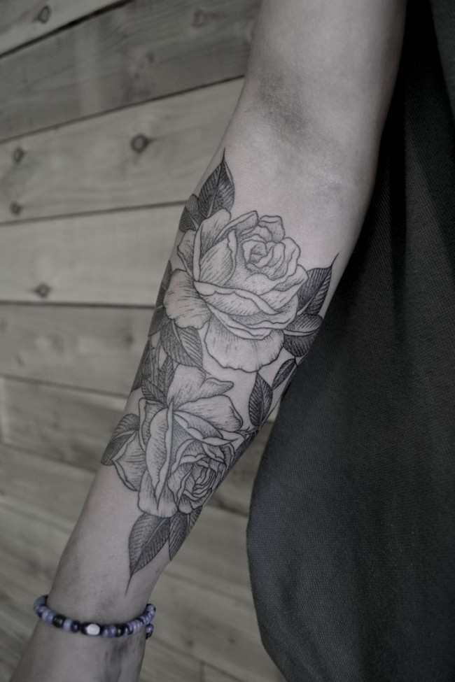 roses tattoo