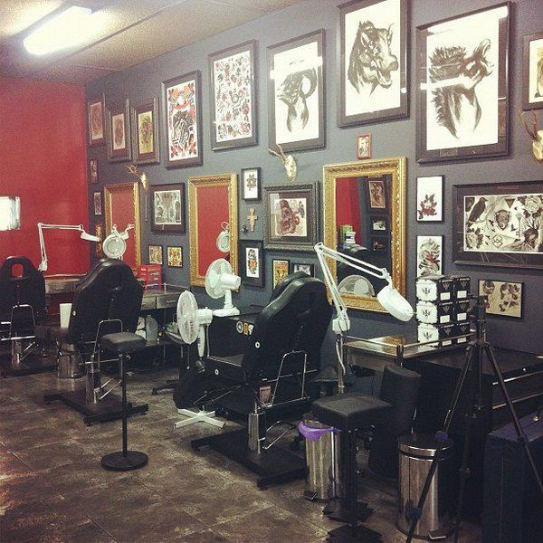 9 tips how to find the best tattoo parlors 2018 ideas for Tattoo shop design