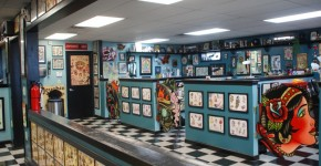 Tattoo healing what do you need to do to allow easier healing for Good tattoo parlors near me