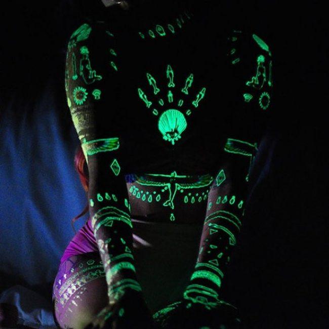 glow-in-the-dark-tattoos_-1