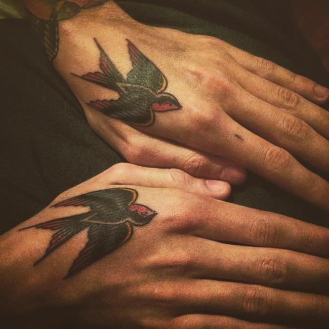 hand-tattoo (11)