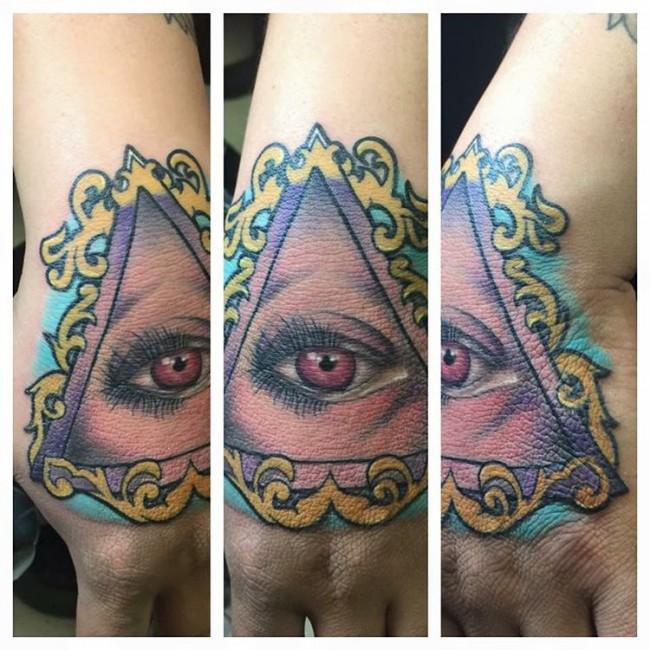 hand-tattoo (18)