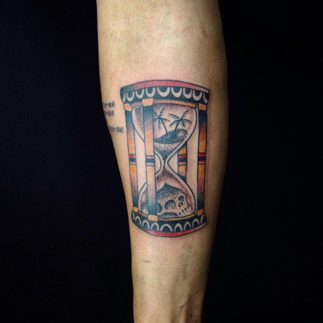 hourglass-tattoo (22)