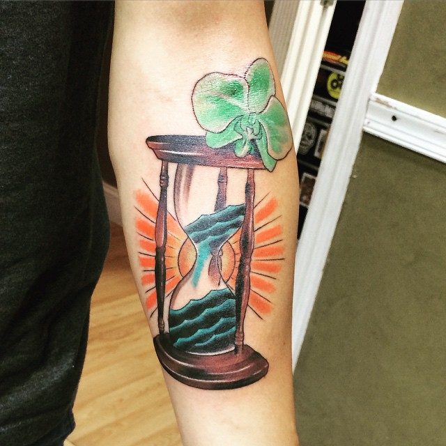 hourglass-tattoo (34)