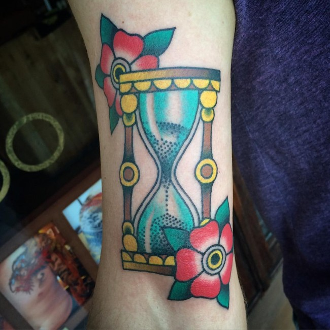 hourglass-tattoo (3)