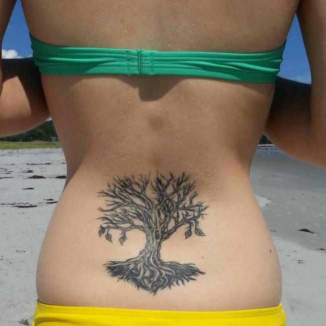 lower-back-tattoo (5)