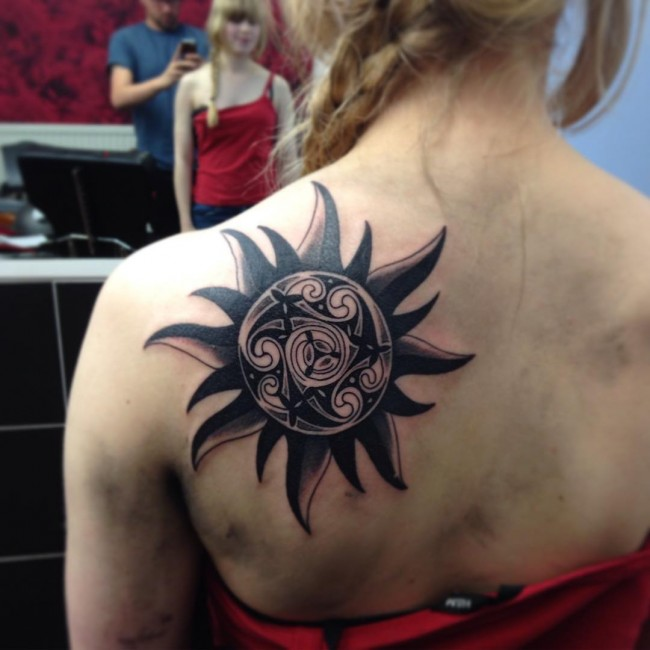 40 superb sun tattoo designs and meaning bright symbol of the universe. Black Bedroom Furniture Sets. Home Design Ideas