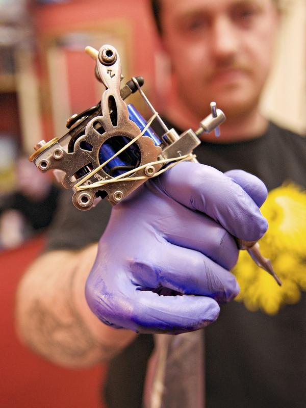 tattoo gun