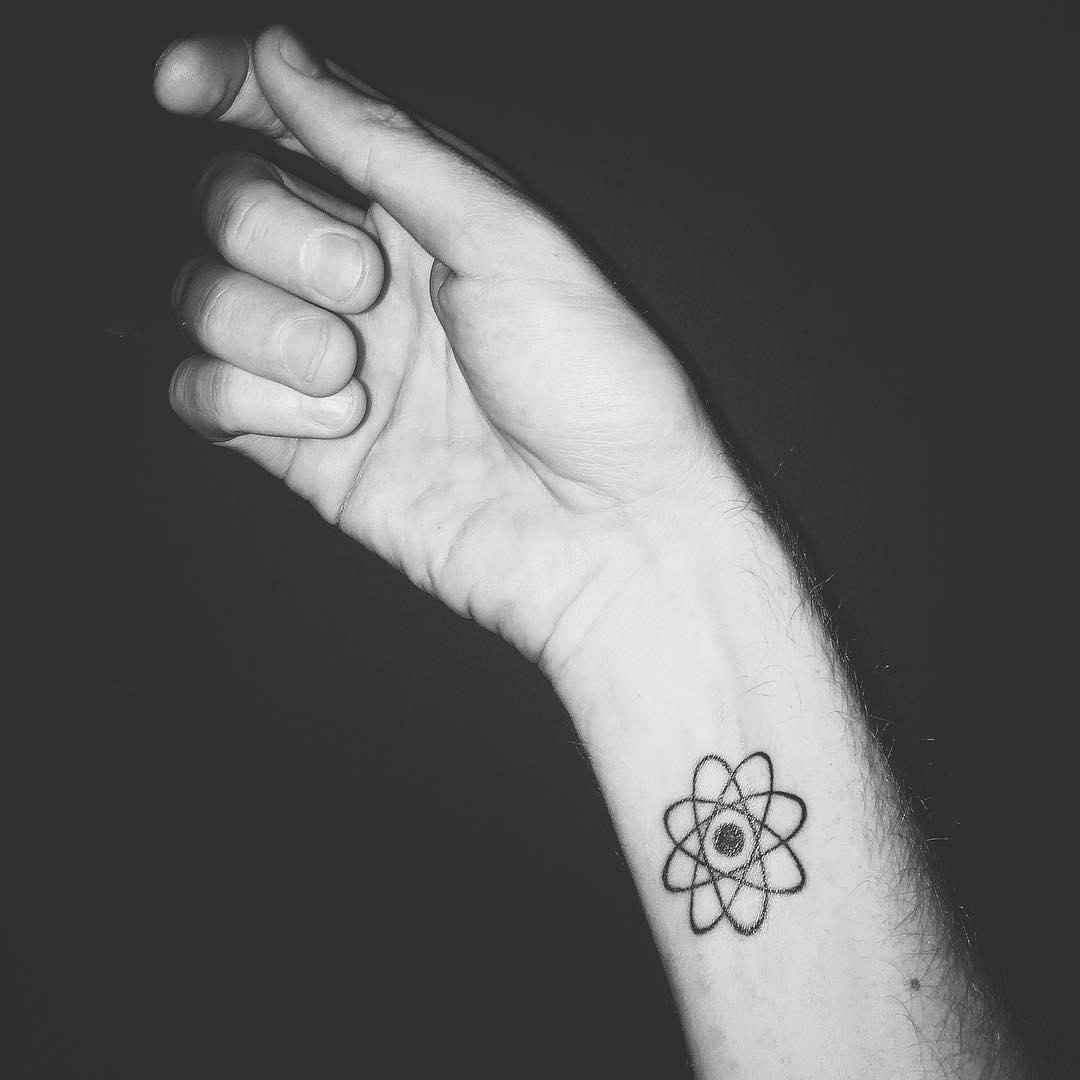 50 Wrist Bracelet Tattoos For Women 2019: Designs & Meanings (2019