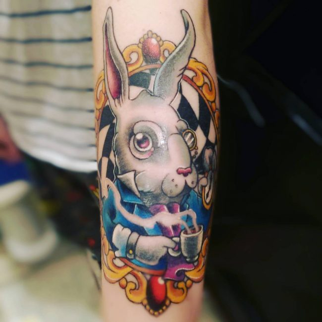 Alice-in-Wonderland-Tattoo_