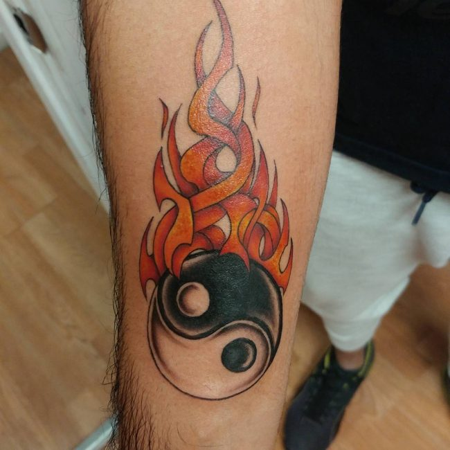 85 Flame Tattoo Designs Meanings For Men And Women 2019