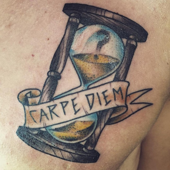 75 Timeless Carpe Diem Tattoo Designs & Meanings (2019)