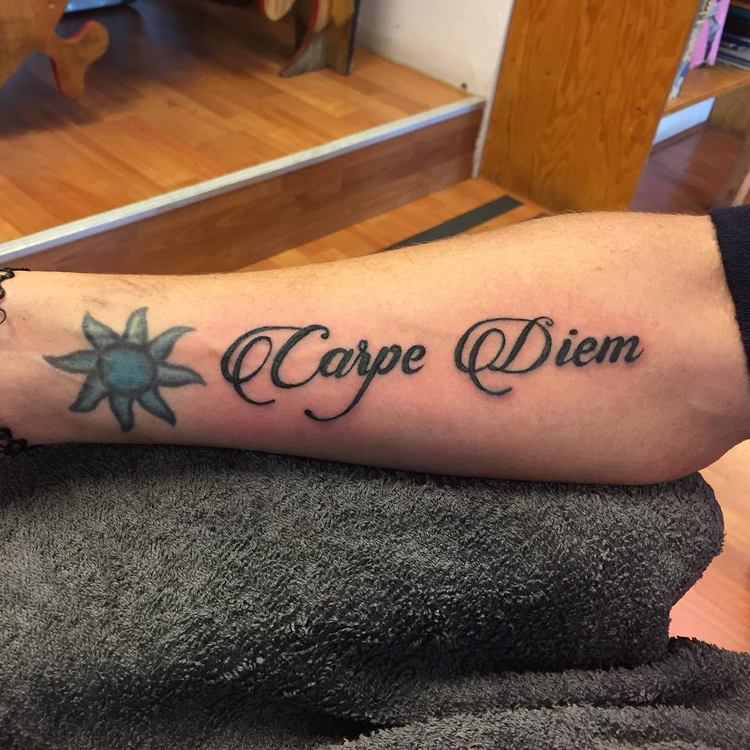 75 timeless carpe diem tattoo designs meanings 2018 for Ctrl tattoo meaning