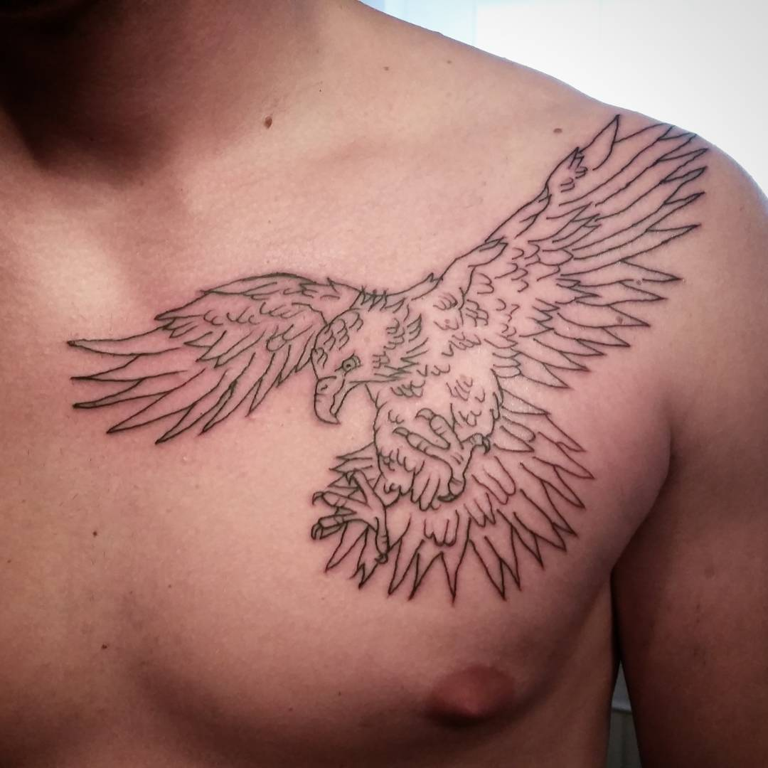 100 best eagle tattoo designs meanings spread your for Eagle tattoo on back