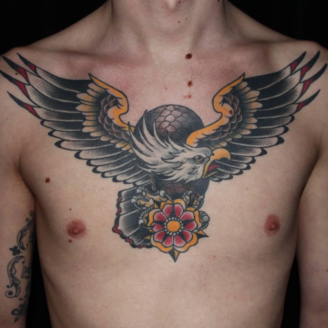 Татуировки орла во всю спину фото