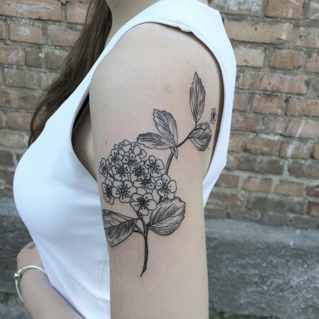 35 amazing floral tattoo designs for Floar meaning