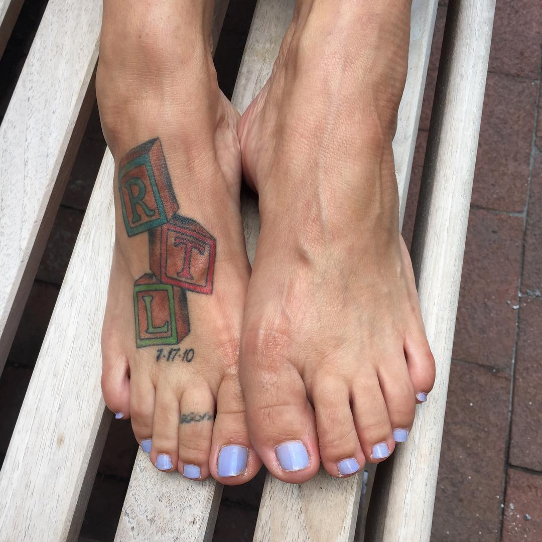 Tags101 Best Foot Tattoo Designs And Ideas With Significant101 Remarkably Cute Small For Women100 Feather Images