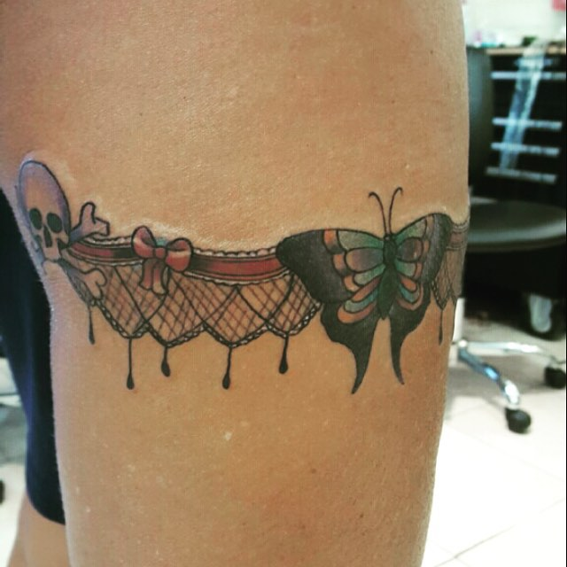 garter belt tattoo (12)