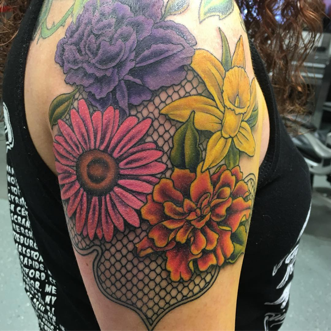 60 Best Lace Tattoo Designs & Meanings
