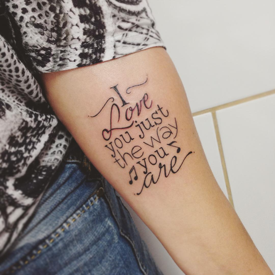 110 best tattoo lettering designs meanings 2018 for Girly font tattoo