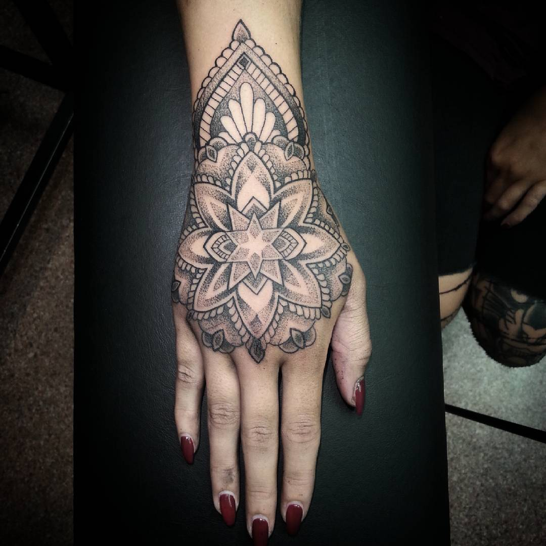 American Traditional Tattoo Mandala Design