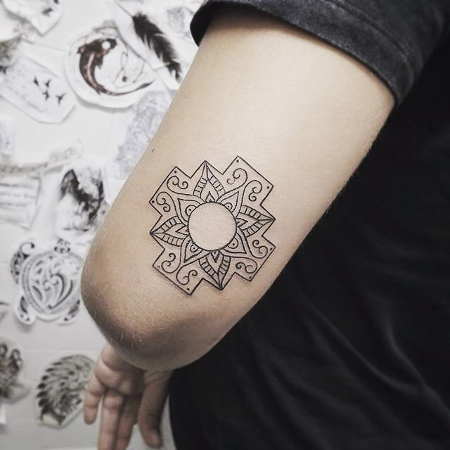 75 Best Mandala Tattoo Meanings Designs Perfect Ideas 2018