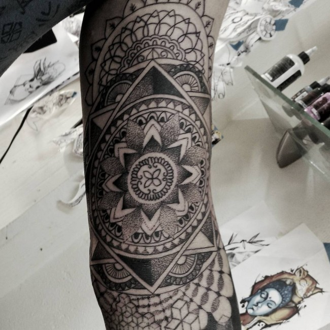 mandala tattoos (2)