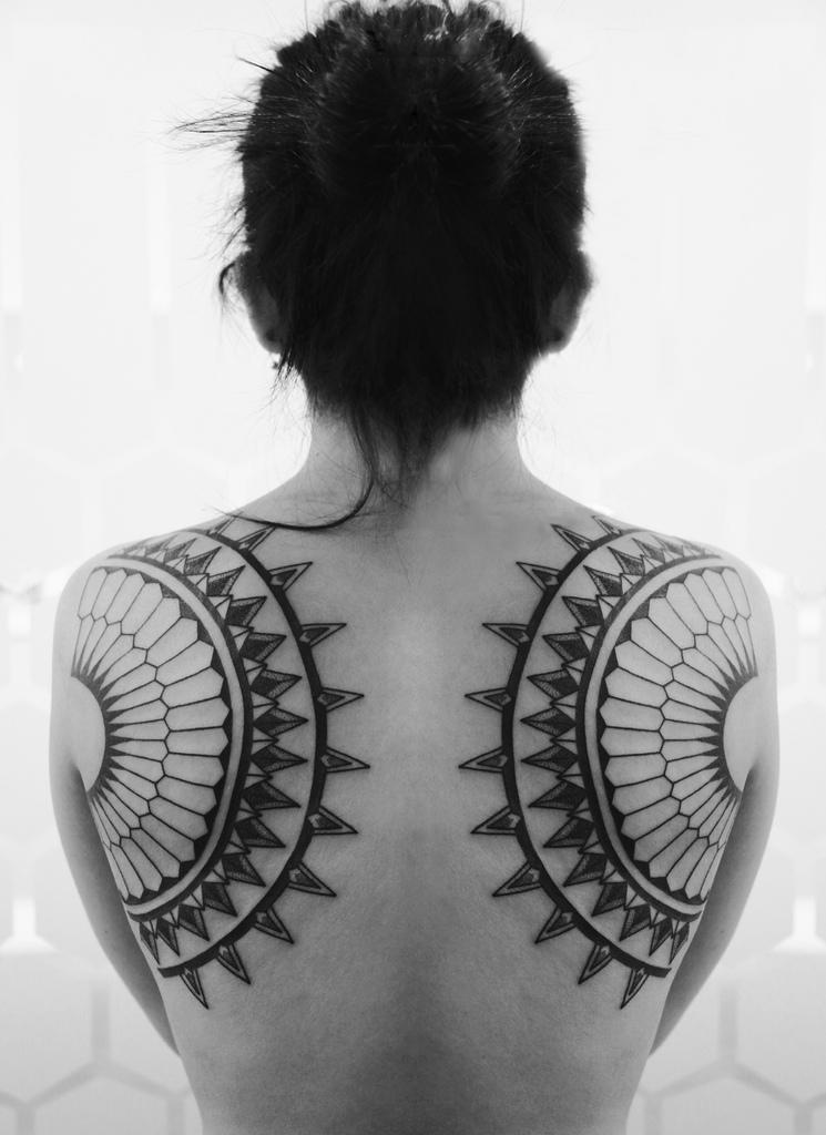 50+ Shoulder Blade Tattoo Designs & Meanings - Best Ideas