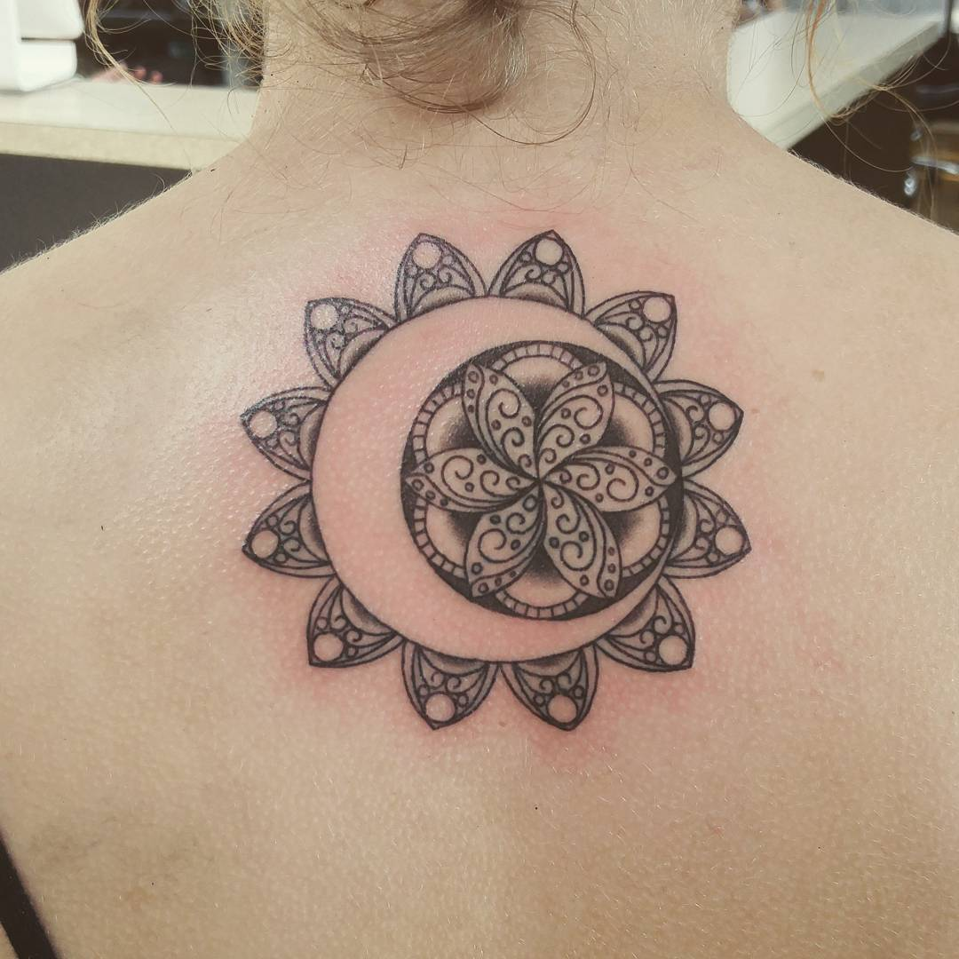 60 best upper back tattoos designs meanings all for Tattoos that symbolize change