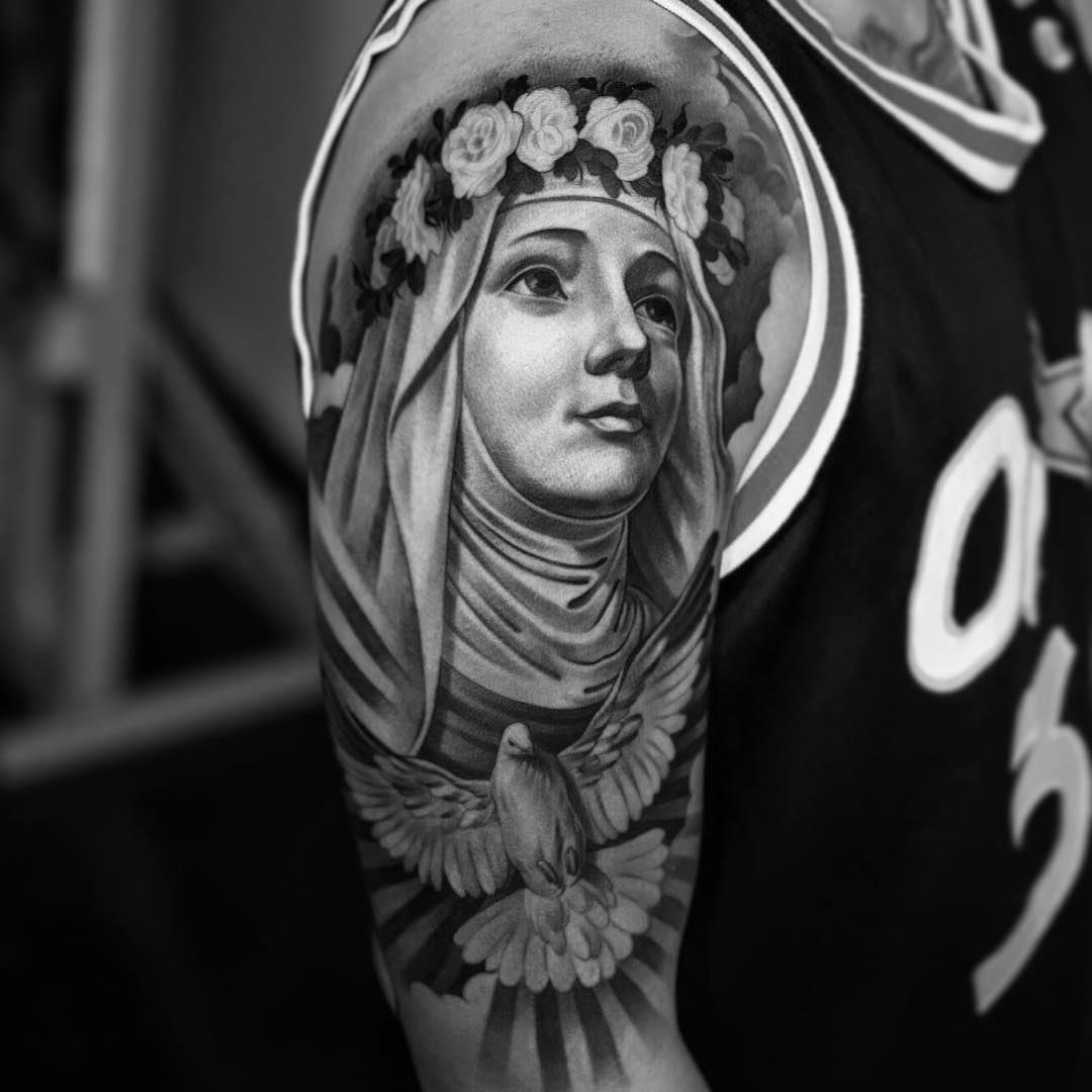 75 best spiritual virgin mary tattoo designs meanings 2018. Black Bedroom Furniture Sets. Home Design Ideas