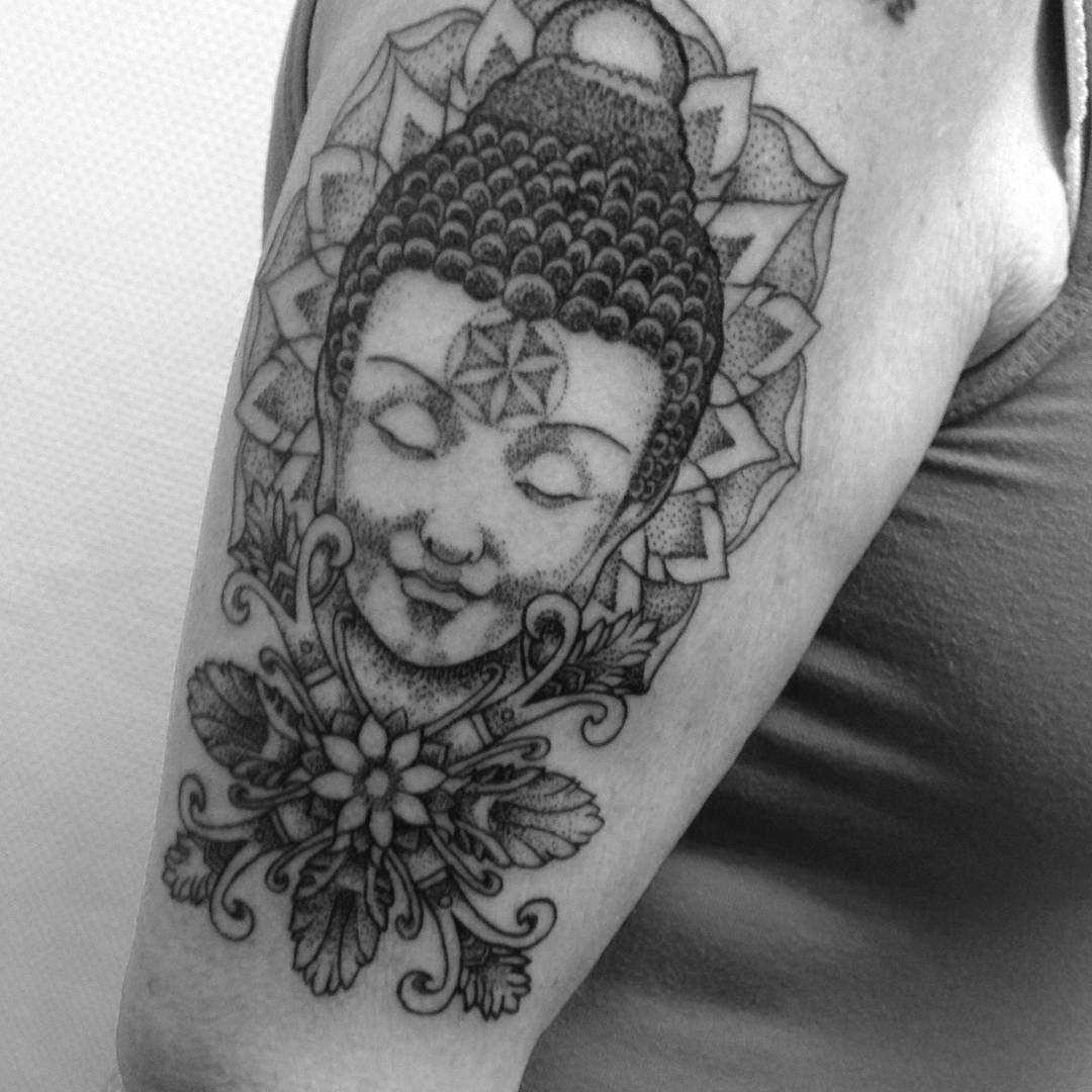 cfbfecc15fd17 The Girl With The Buddha Tattoo - Home | Facebook