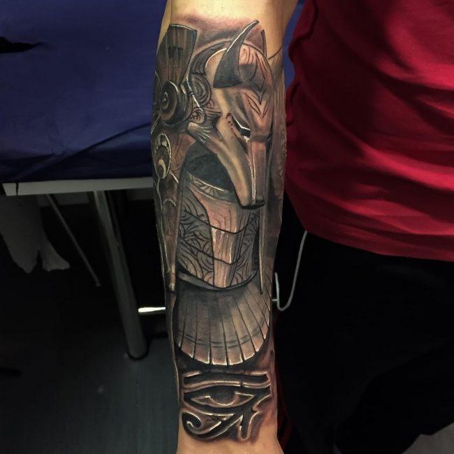 50 images intemporelles de tatouages egyptiens – tattoo moi – le blog