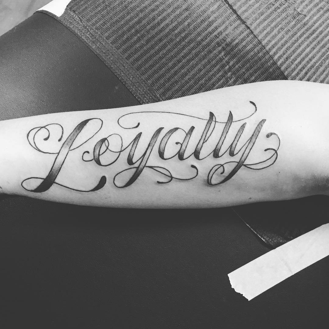 100 55 best loyalty tattoo designs 40 stylish wrist initials tattoos 55 inspiring samoan. Black Bedroom Furniture Sets. Home Design Ideas