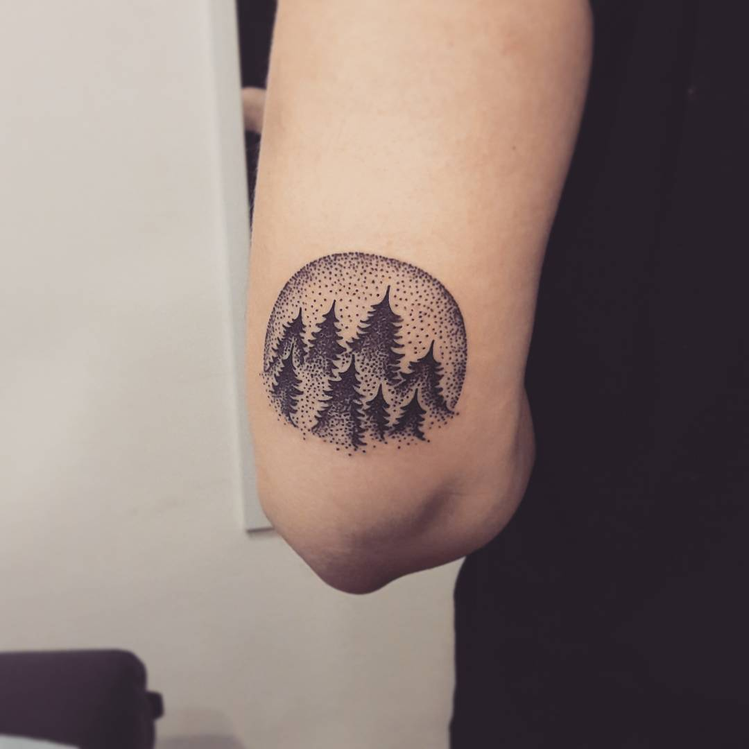 75+ Simple And Easy Pine Tree Tattoo