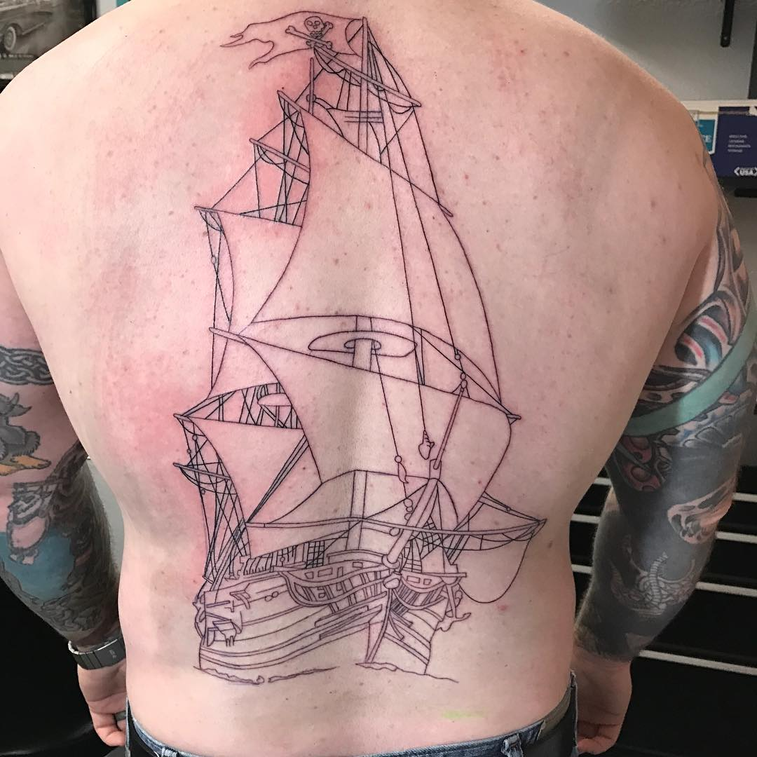 95 best pirate ship tattoo designs meanings 2018. Black Bedroom Furniture Sets. Home Design Ideas