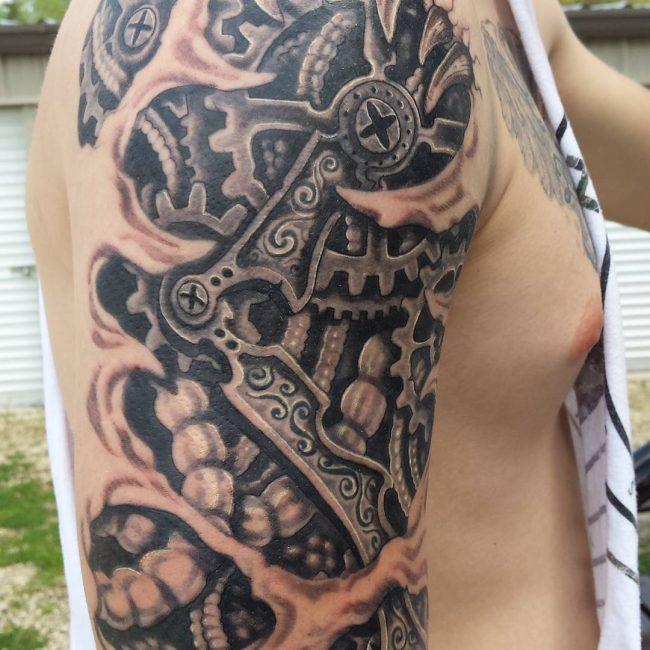 biomechanical tattoo_