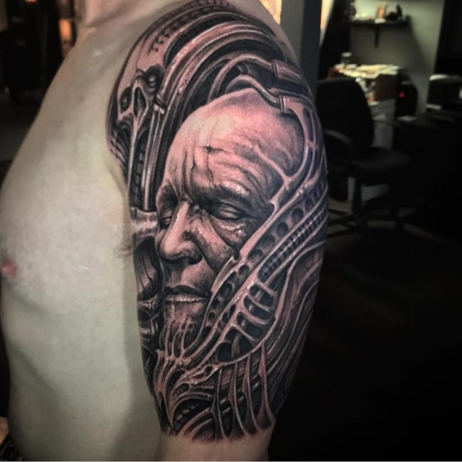 biomechanical tattoo_