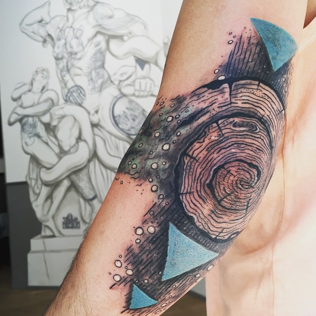 50+ Unique And Cool Elbow Tattoo Designs For Every Occasion