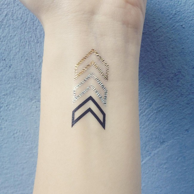 gold tattoo