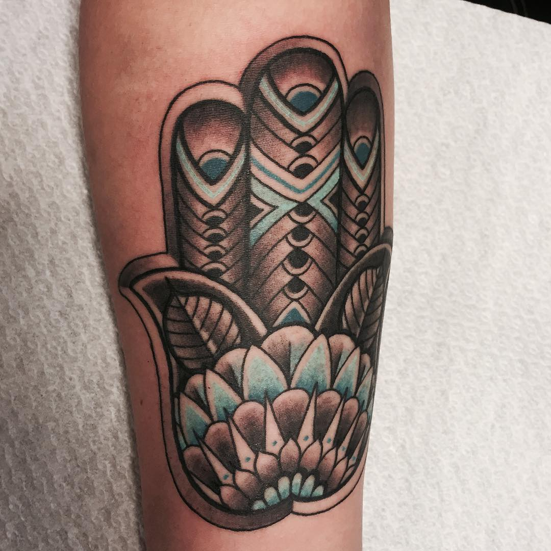 80+ Best Hamsa Tattoo Designs & Meanings