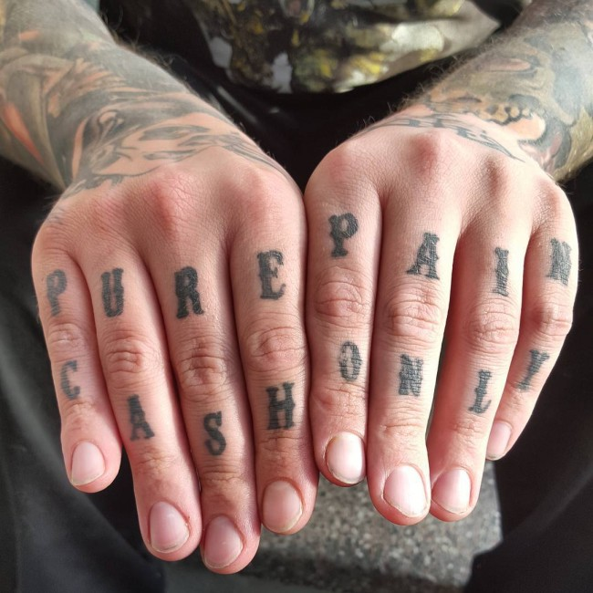 knuckle tattoos