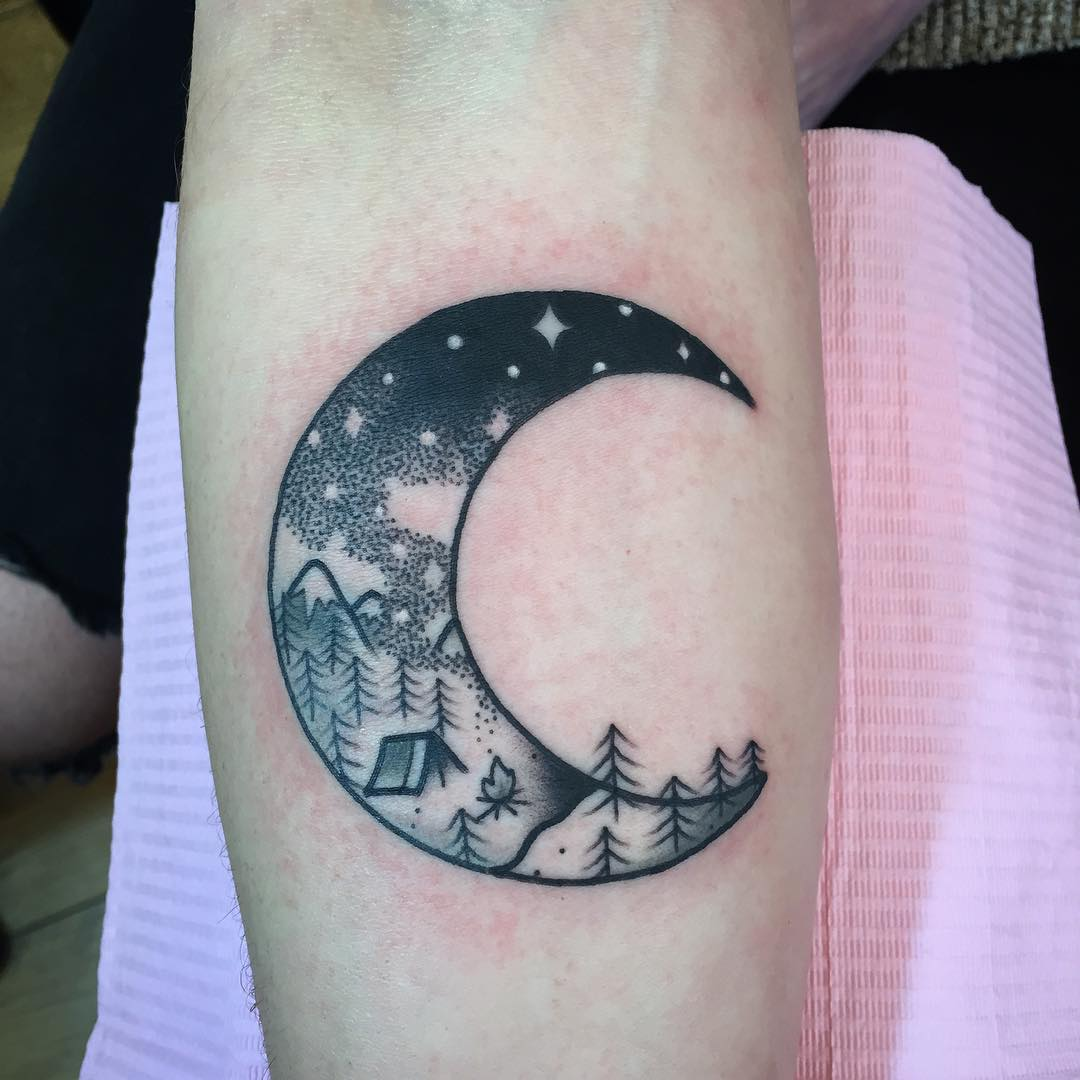 115+ Best Moon Tattoo Designs & Meanings