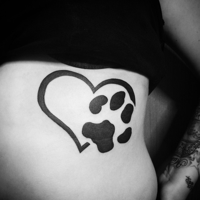 70 best paw print tattoo meanings and designs to appreciate your pets. Black Bedroom Furniture Sets. Home Design Ideas