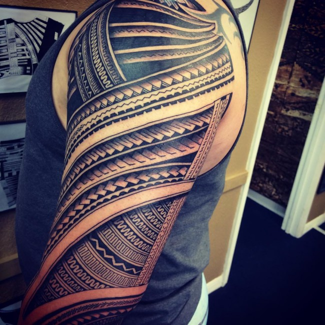 Simple tribal patterns tattoo