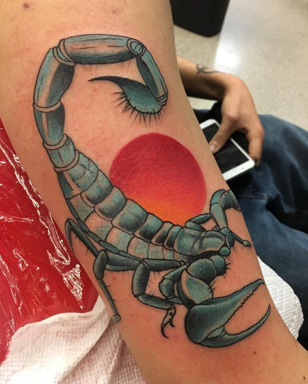 Фото скорпиона на тату