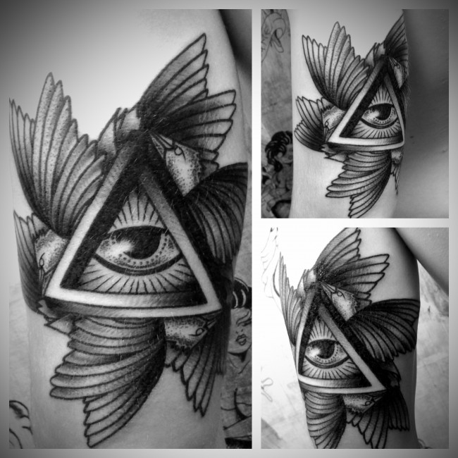all seeing eye tattoo (26)