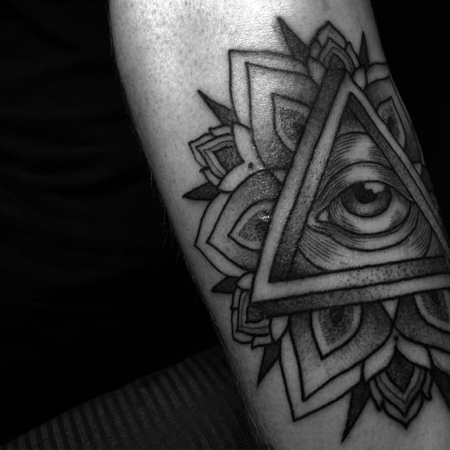 all seeing eye tattoo (33)