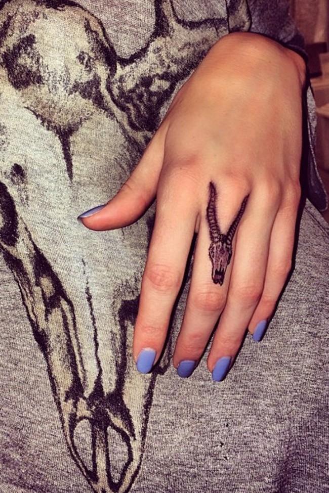 kendall jenner tattoo (3)