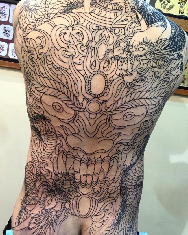 Full body tattoo27