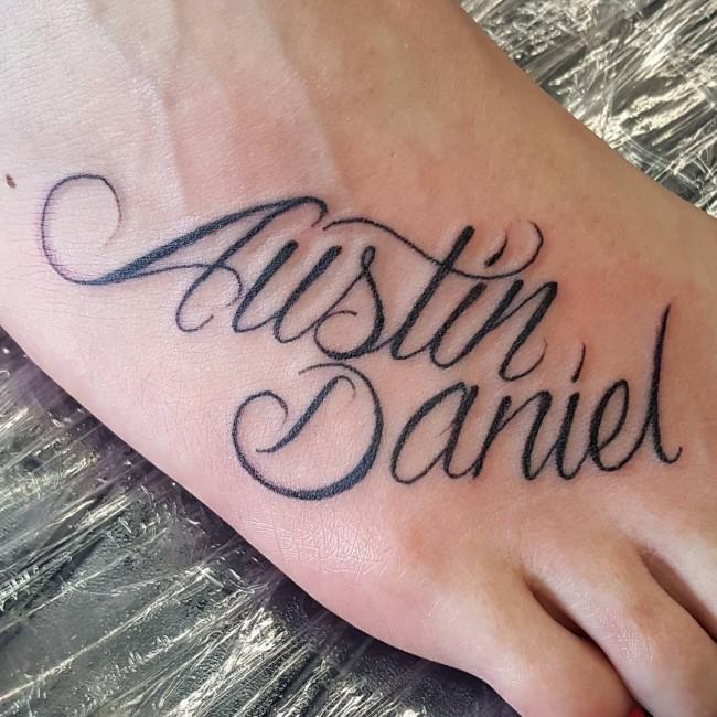 initial tattoo 12